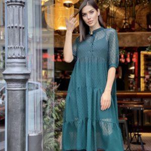 Заказать женское изумрудное платье оверсайз длины миди из шифона в горошек (размер 42-56) по скидке