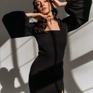 Приобрести черного цвета женское Платье с квадратным вырезом и объемными рукавами в интернете