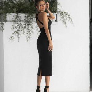 Заказать женское силуэтное черное платье миди с открытой спиной (размер 42-48) по скидке