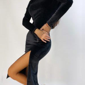 Приобрести недорого женское бархатное платье миди с разрезом черного цвета