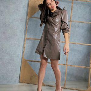 Заказать цвета мокко платье-рубашка из эко кожи недорого с рукавом 3/4 для женщин