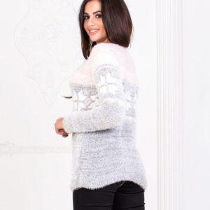 Приобрести на зиму женский мягкий свитер с узором снежинки серого цвета выгодно