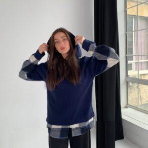 Купить женское худи синего цвета свободного кроя с капюшоном в клетку (размер 42-62) по низким ценам