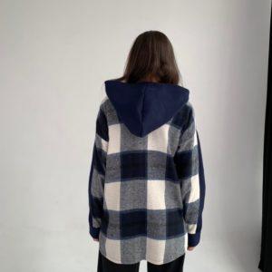 Приобрести онлайн женское худи свободного кроя с капюшоном в клетку (размер 42-62) синего цвета