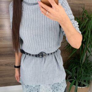 Заказать по скидке женскую вязаную тунику-свитер с кружевом серого цвета