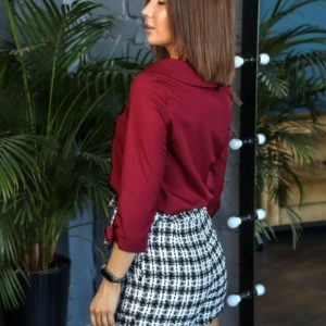 Купить выгодно женские шорты из твида с карманами и поясом (размер 42-56) черно-белые