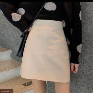 Купить по скидке женскую базовую юбку мини из эко кожи черного цвета