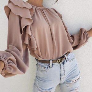 Купить по скидке блузу из софта с длинным рукавом бежевого цвета с рюшами (размер 42-56)