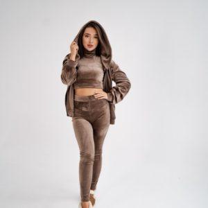 Купить женский велюровый спортивный костюм цвета капучино тройка (размер 42-48) онлайн