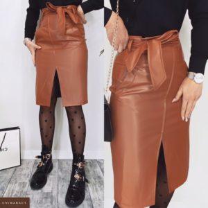 Заказать женскую юбку миди цвета карамель с имитацией запаха с поясом (размер 42-48) по скидке