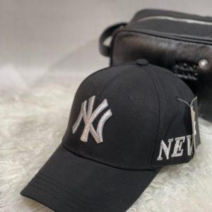 Купить черного цвета женскую и мужскую бейсболку с надписью New York в интернете