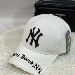 Придбати білого кольору бейсболку NY з рваностямі для чоловіків і жінок онлайн