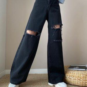 Приобрести черные широкие джинсы для женщин с разрезами в интернете