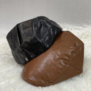 Заказать для мужчин и женщин кепку-берет из эко кожи онлайн черного и коричневого цвета