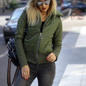 Купить цвета хаки весеннюю женскую куртку с манжетами на резинке по низким ценам