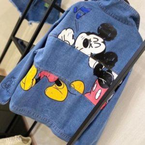 Приобрести синюю женскую джинсовую куртку с принтом Микки Маус (размер 42-48) онлайн