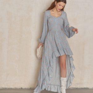 Заказать женское голубое платье маллет из штапеля с длинным рукавом по скидке