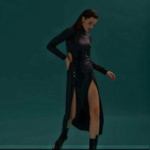 Купить по скидке женское платье с разрезами черное monica