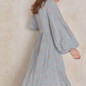 Приобрести голубое платье маллет из штапеля для женщин с длинным рукавом недорого