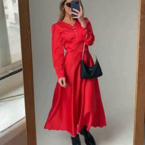 Приобрести красное женское шелковое платье миди с жемчужными пуговицами по низким ценам