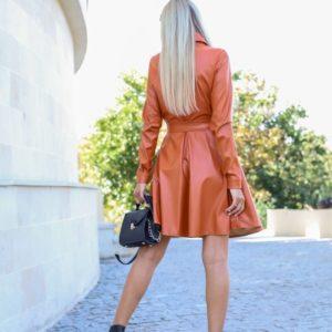 Приобрести недорого горчичного цвета кожаное платье-рубашка с поясом (размер 42-48) для женщин