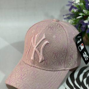 Заказать розовую женскую бейсболку new york с логотипом недорого