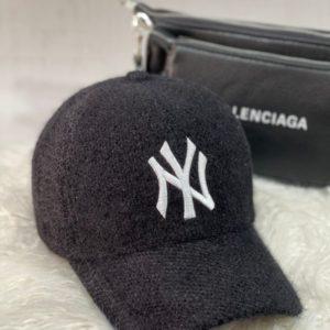 Приобрести черную женскую бейсболку new york из вельвета травка в интернете