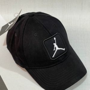 Приобрести мужскую и женскую бейсболку черную с вышитой эмблемой Jordan в Украине