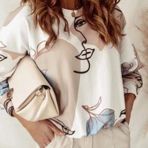 Замовити онлайн бежеву прінтовану блузу для жінок з особами