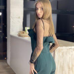 Заказать онлайн зеленого цвета женский брючный женский комбинезон с рюшами и сеткой в Украине
