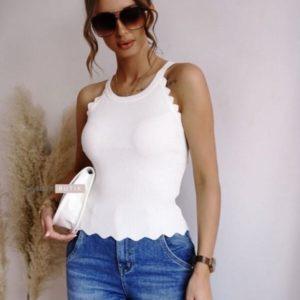 Заказать онлайн женскую однотонную майку из трикотажа рубчик белого цвета