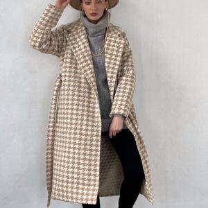 Купить для женщин шерстяное утепленное пальто дешево с принтом гусиная лапка (размер 42-52) бежевого цвета