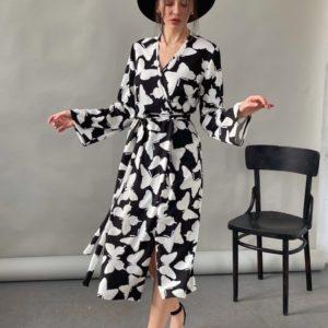 Заказать женское черно-белое платье на запах с принтом бабочки (размер 42-52) в Украине на заказ