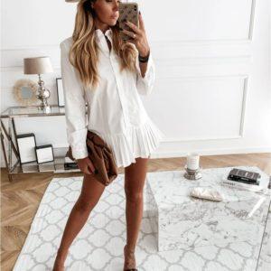 Приобрести недорого женское укороченное платье-рубашка белого цвета с плиссировкой