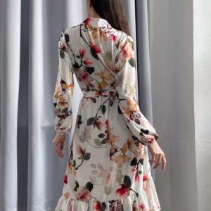 Приобрести цветочное для женщин платье миди с длинным рукавом (размер 42-52) белое онлайн