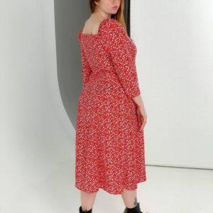 Приобрести женское цветочное платье дешево миди с квадратным вырезом красное (размер 40-54)