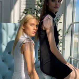 Заказать по скидке женское платье с эполетами черного и белого цвета