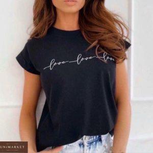 Заказать онлайн черную свободную футболку Love love love для женщин
