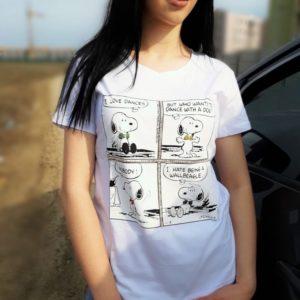 Заказать онлайн белую принтованную футболку snoopy для женщин