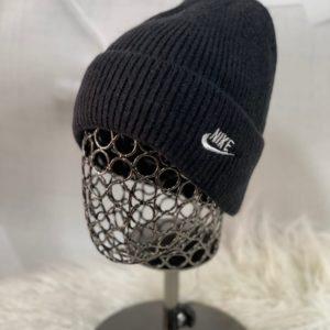 Заказать черную шапку для мужчин и женщин в спортивном стиле nike недорого