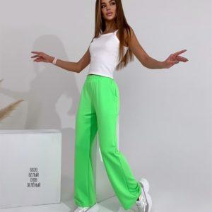 Заказать на весну салатовые женские однотонные спортивные штаны прямого кроя недорого