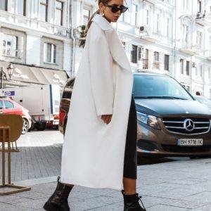 Купить женское кашемировое пальто молочного цвета недорого в Украине