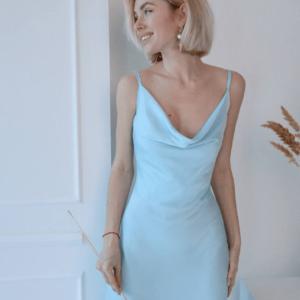 купить шёлковое платье на бретельках в голубом цвете