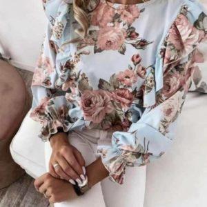 Купить недорого женскую цветочную блузу дешево с рюшами из шифона голубого цвета