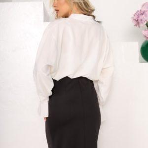 Приобрести дешево женскую блузу из софта белого цвета с рукавами-колокольчиками (размер 42-56)