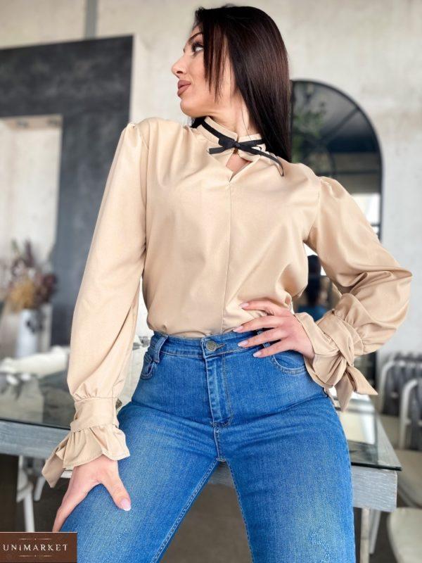 Приобрести блузу женскую с контрастной завязкой бежевого цвета на шее (размер 42-56) по скидке