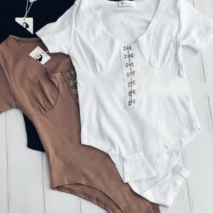 Замовити недорого боді з гачками жіноче з коротким рукавом беж, чорне, біле