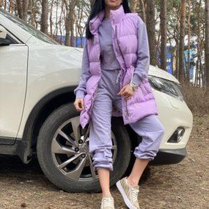 Заказать по скидке лиловую удлиненную жилетку для женщин с утеплителем