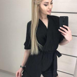 Заказать недорого комбинезон с шортами черного цвета на запах с поясом для женщин