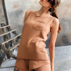 Заказать женский летний бежевый трикотажный костюм недорого с шортами (размер 42-48)
